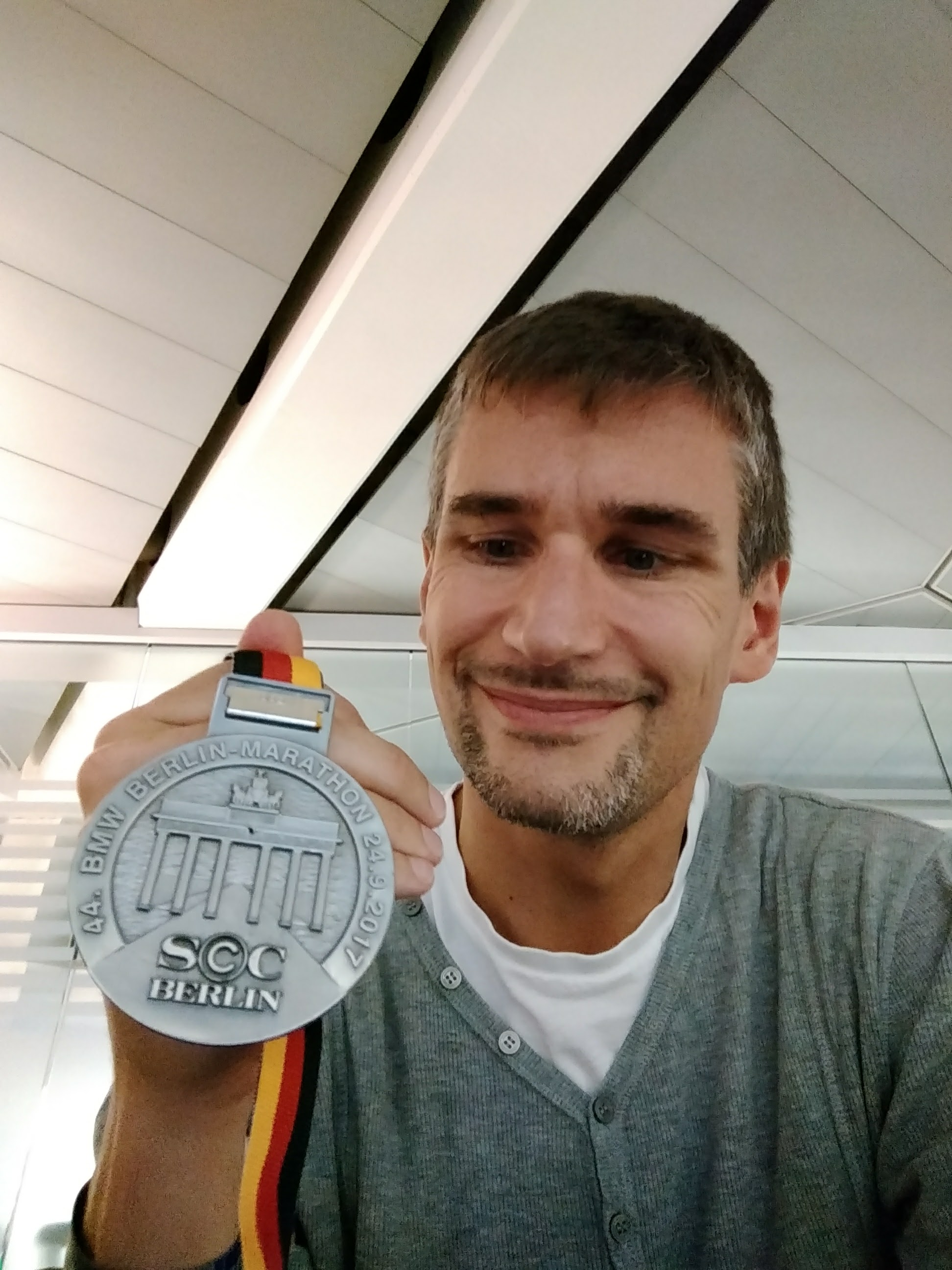 Berlin Marathon bling